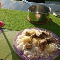 Na dovolené s GoSun Sportem, solárním vařičem