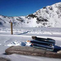 Grilování se slunečním grilem na sněhu v -7 stupních Celsia – masové karbanátky